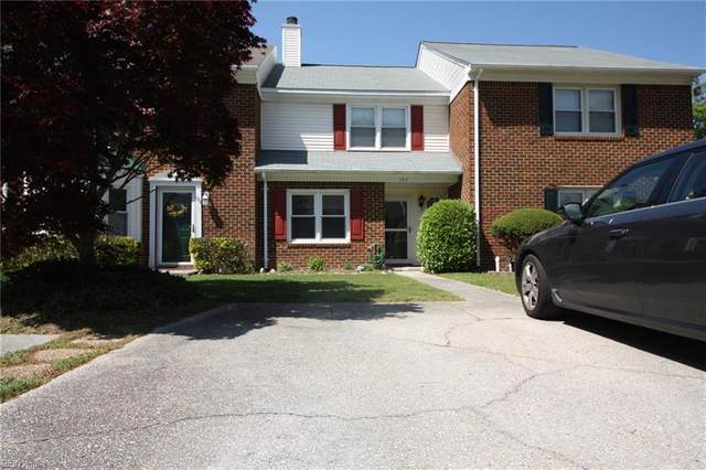 102 Kingsbridge Ln, York County, VA 23692 (#10374052) :: Tom Milan Team