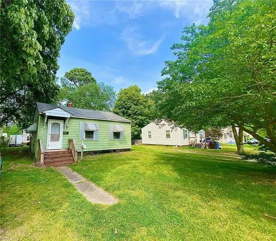 2707 Mark St, Chesapeake, VA 23324 (#10374670) :: Encompass Real Estate Solutions