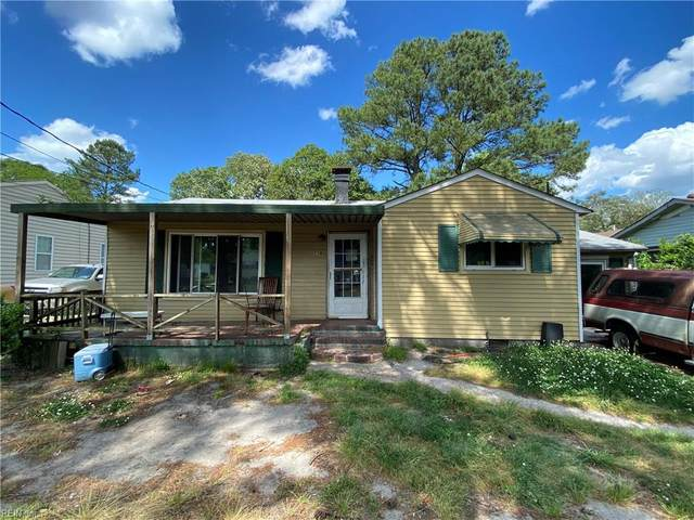 718 Marcus St, Chesapeake, VA 23320 (#10375541) :: Berkshire Hathaway HomeServices Towne Realty