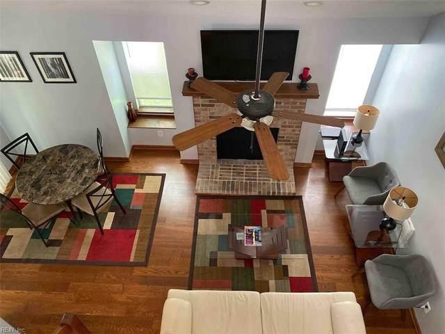 719 Mary Robert Ln #204, Newport News, VA 23608 (#10375742) :: Berkshire Hathaway HomeServices Towne Realty