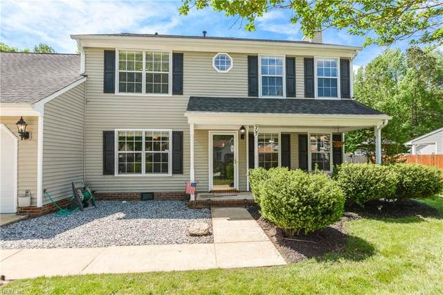 905 Whisper Hollow Dr, Chesapeake, VA 23322 (#10375953) :: RE/MAX Central Realty