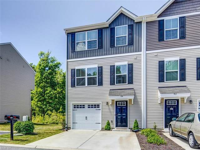 704 Lakeview Cv, Isle of Wight County, VA 23430 (#10376255) :: Tom Milan Team