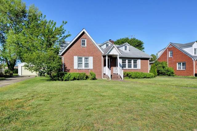 144 Robinson Rd, Hampton, VA 23661 (#10376591) :: The Kris Weaver Real Estate Team