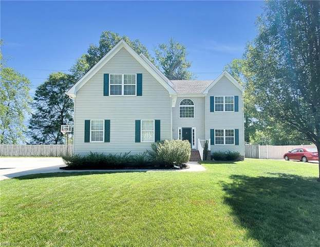 1404 Clearwater Ln, Chesapeake, VA 23322 (#10376779) :: Tom Milan Team