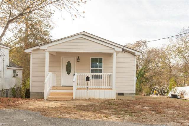 222 Astrid St, Isle of Wight County, VA 23430 (#10376860) :: Rocket Real Estate
