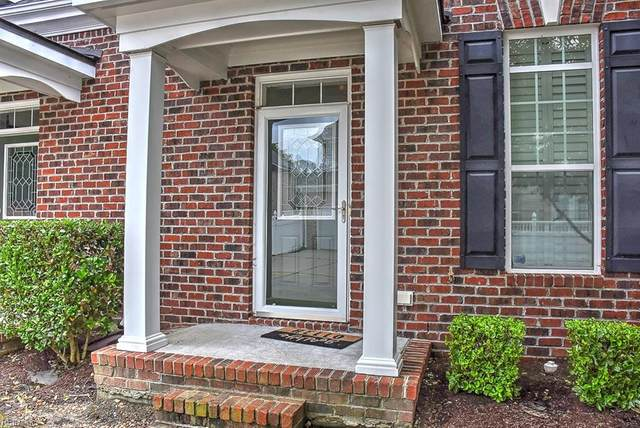 701 Kenyon Way #377, Chesapeake, VA 23320 (#10377251) :: Berkshire Hathaway HomeServices Towne Realty