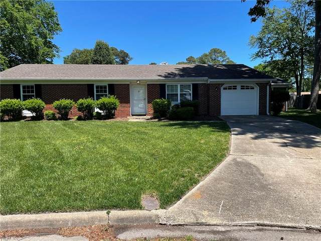 398 Phyllis Ct, Virginia Beach, VA 23452 (#10377345) :: Rocket Real Estate