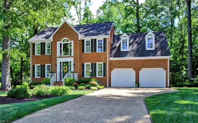 207 Mariners Cir, Isle of Wight County, VA 23430 (#10377707) :: RE/MAX Central Realty