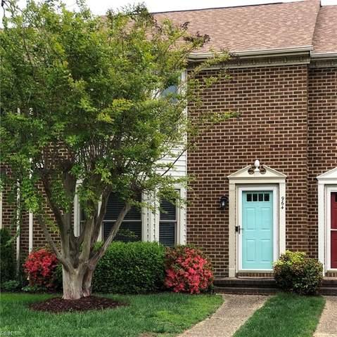 964 Colonial Meadows Way, Virginia Beach, VA 23454 (#10378084) :: Berkshire Hathaway HomeServices Towne Realty