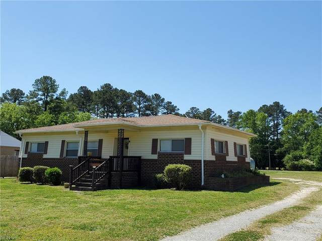 1076 Johnson Cir, Isle of Wight County, VA 23851 (#10378566) :: The Bell Tower Real Estate Team