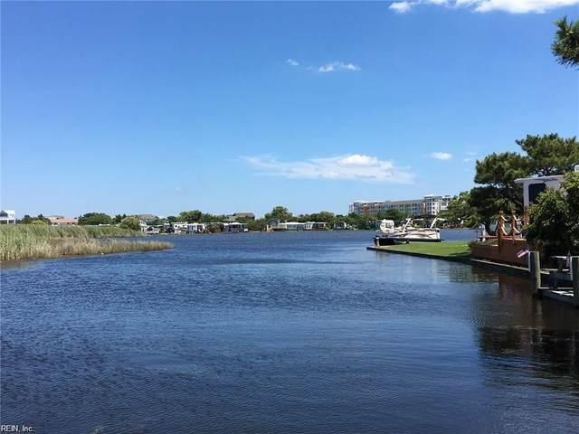 3665 Sandpiper Rd #102, Virginia Beach, VA 23456 (#10378754) :: Berkshire Hathaway HomeServices Towne Realty