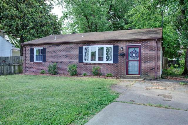 718 Old Point Ave, Hampton, VA 23663 (#10379140) :: RE/MAX Central Realty