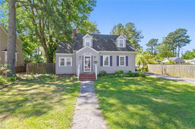 127 Lodge Rd, Poquoson, VA 23662 (#10379407) :: Berkshire Hathaway HomeServices Towne Realty
