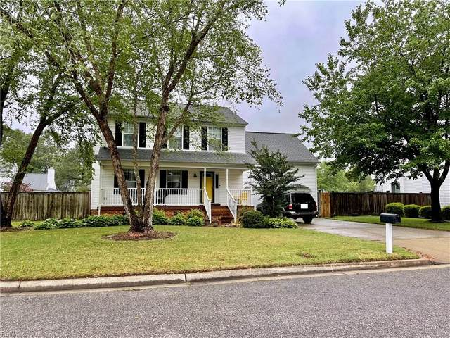 409 Breeze Hill Cres, Chesapeake, VA 23322 (#10381092) :: Berkshire Hathaway HomeServices Towne Realty
