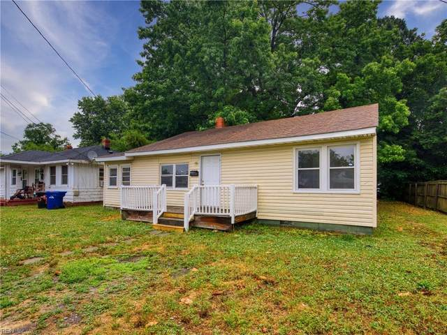 2411 Walnut St, Portsmouth, VA 23704 (#10381737) :: Berkshire Hathaway HomeServices Towne Realty