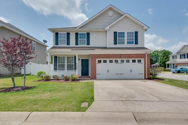 4208 Half Hitch St, Chesapeake, VA 23321 (#10382674) :: Berkshire Hathaway HomeServices Towne Realty