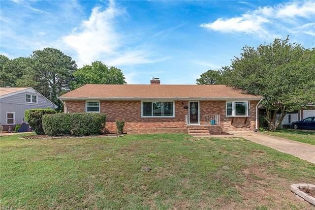 8 Woodbridge Dr, Hampton, VA 23666 (#10382762) :: Berkshire Hathaway HomeServices Towne Realty