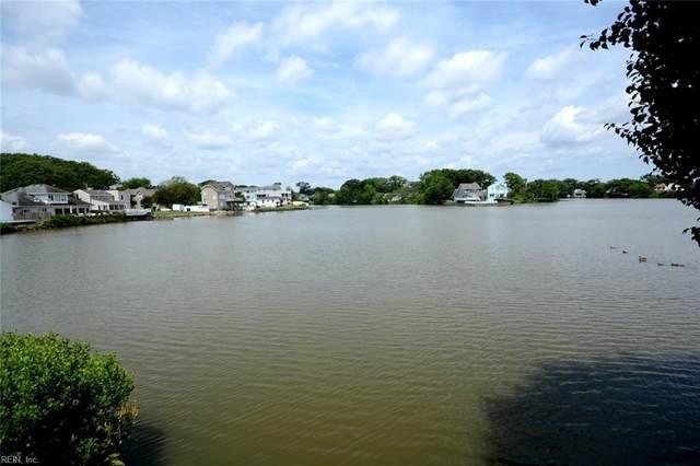 209 Lake Dr, Virginia Beach, VA 23451 (#10382980) :: Berkshire Hathaway HomeServices Towne Realty