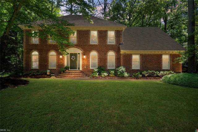 1020 Forest Lakes Dr, Chesapeake, VA 23322 (#10383242) :: Berkshire Hathaway HomeServices Towne Realty