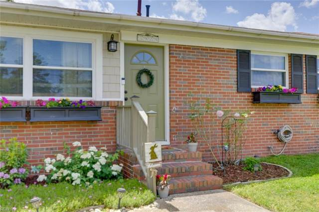 3929 Ahoy Dr, Chesapeake, VA 23321 (#10383266) :: Berkshire Hathaway HomeServices Towne Realty
