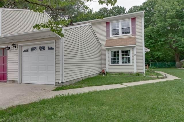 13 Upton Cir, Chesapeake, VA 23320 (#10383271) :: The Kris Weaver Real Estate Team