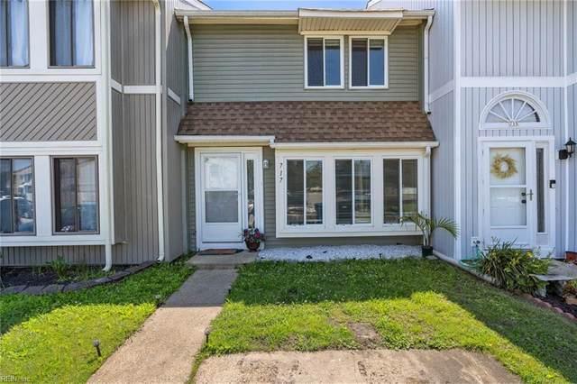 717 Waters Dr, Virginia Beach, VA 23462 (#10383994) :: Berkshire Hathaway HomeServices Towne Realty