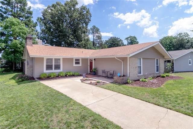 4069 Barkleaf Dr, Virginia Beach, VA 23462 (#10384220) :: Berkshire Hathaway HomeServices Towne Realty