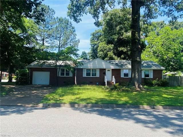 4016 Hazelwood Rd, Hampton, VA 23666 (#10384270) :: The Kris Weaver Real Estate Team