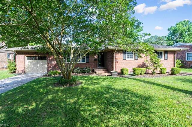 39 Whits Court Ct, Newport News, VA 23606 (#10384338) :: Berkshire Hathaway HomeServices Towne Realty
