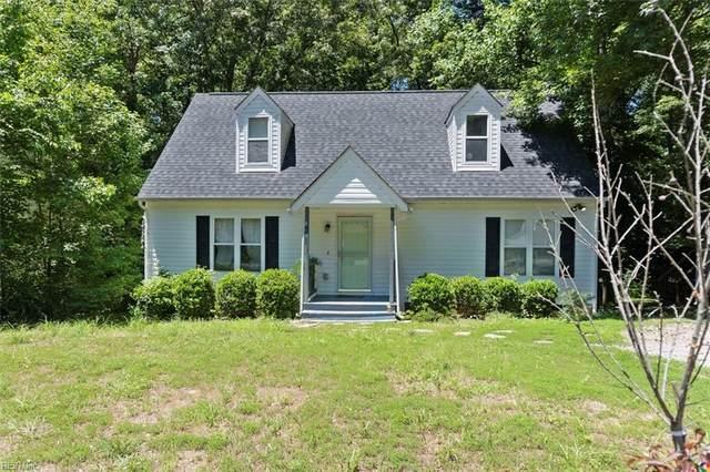 1901 Celia Cres, Chesterfield County, VA 23236 (#10384448) :: The Kris Weaver Real Estate Team