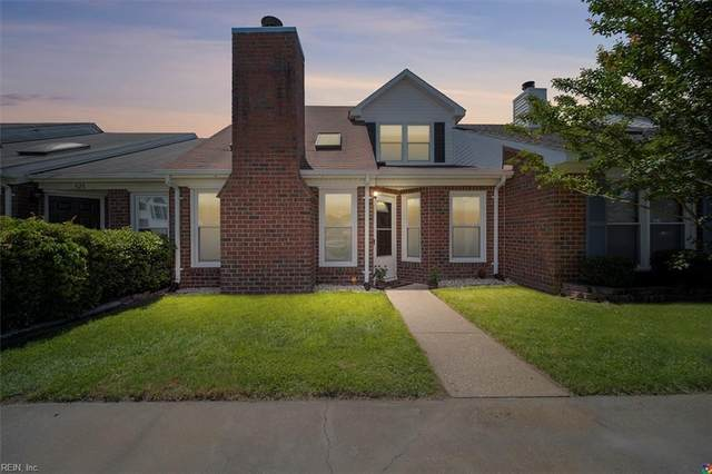 527 Brisa Dr, Chesapeake, VA 23322 (#10384563) :: Berkshire Hathaway HomeServices Towne Realty