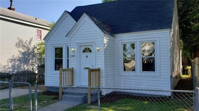 132 Maple Ave, Newport News, VA 23607 (#10384647) :: Atlantic Sotheby's International Realty