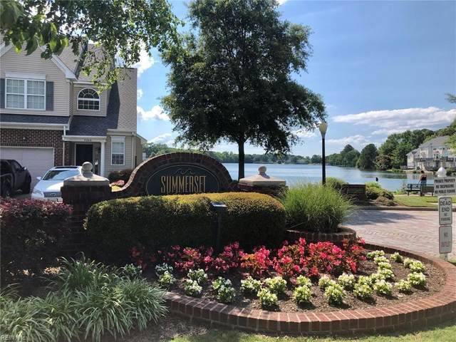 5293 Summer Cres, Virginia Beach, VA 23462 (#10384713) :: Berkshire Hathaway HomeServices Towne Realty