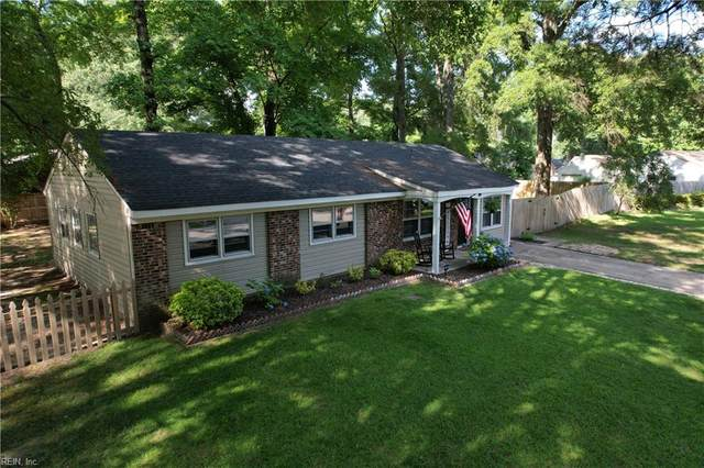 4600 Maplewood Dr, Suffolk, VA 23435 (#10384729) :: Berkshire Hathaway HomeServices Towne Realty