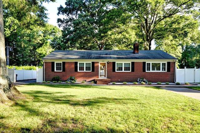 104 Cannon Rd, York County, VA 23690 (#10385029) :: The Bell Tower Real Estate Team