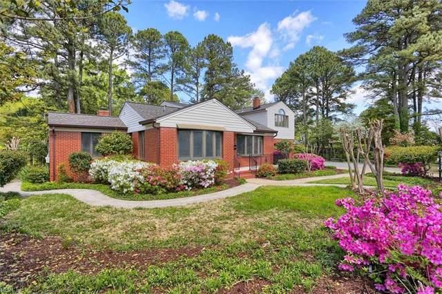 59 Tide Mill Ln, Hampton, VA 23666 (#10385327) :: The Kris Weaver Real Estate Team