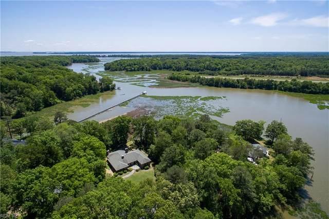 140 Kingspoint Dr, James City County, VA 23185 (#10386666) :: Rocket Real Estate