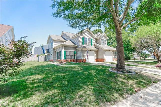 102 Chinaberry Way, York County, VA 23692 (#10387552) :: The Kris Weaver Real Estate Team