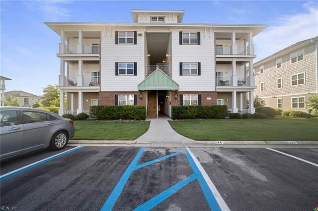 4332 Hillingdon Bnd #203, Chesapeake, VA 23321 (#10387730) :: The Kris Weaver Real Estate Team