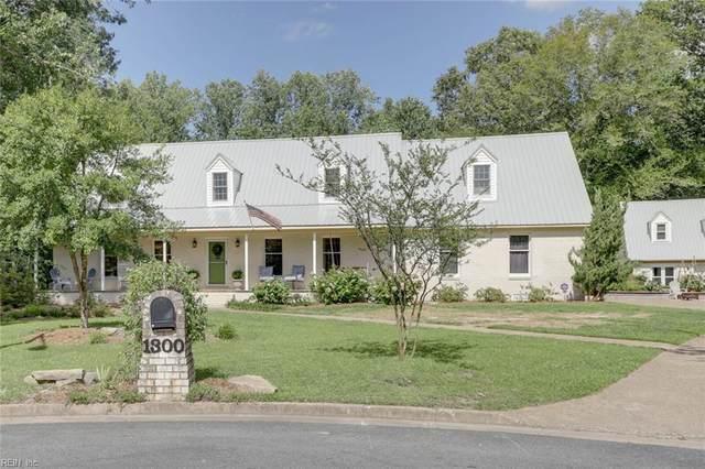1300 Barbara Ct, Chesapeake, VA 23322 (#10388306) :: The Kris Weaver Real Estate Team