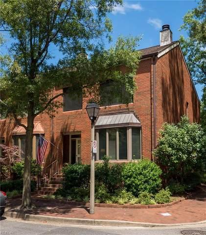 330 College Pl, Norfolk, VA 23510 (#10388318) :: Berkshire Hathaway HomeServices Towne Realty