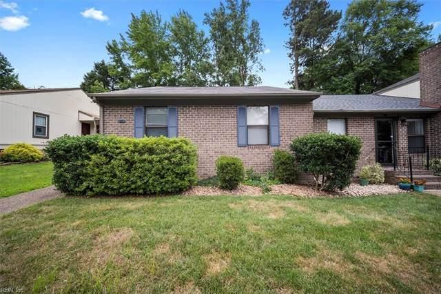 35 James Sq, James City County, VA 23185 (#10388549) :: Judy Reed Realty