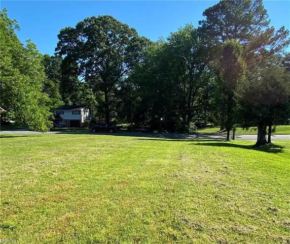 511 Kerry Lake Dr, Newport News, VA 23602 (#10388695) :: Heavenly Realty