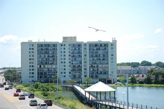 500 Pacific Ave #203, Virginia Beach, VA 23451 (#10389062) :: The Kris Weaver Real Estate Team