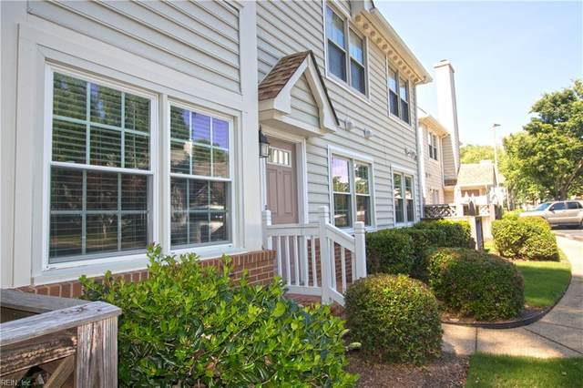 700 Pamunkey River Ct C, Chesapeake, VA 23320 (MLS #10389363) :: Howard Hanna Real Estate Services