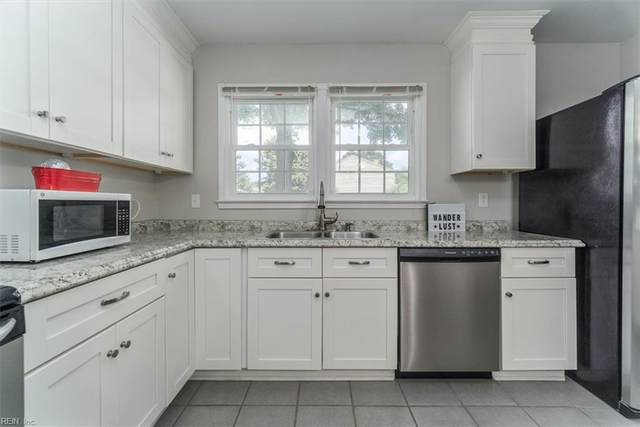 837 Windom Pl, Virginia Beach, VA 23454 (#10389458) :: Berkshire Hathaway HomeServices Towne Realty