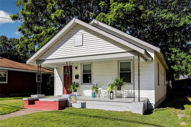 3739 Abingdon Cir, Norfolk, VA 23513 (#10389563) :: The Kris Weaver Real Estate Team