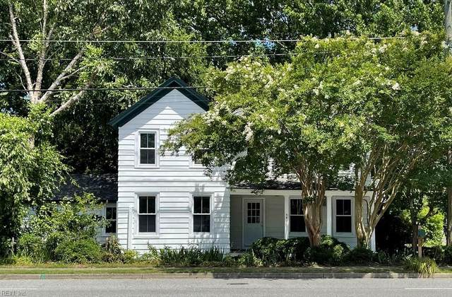 582 Wythe Creek Rd, Poquoson, VA 23662 (#10389896) :: The Bell Tower Real Estate Team