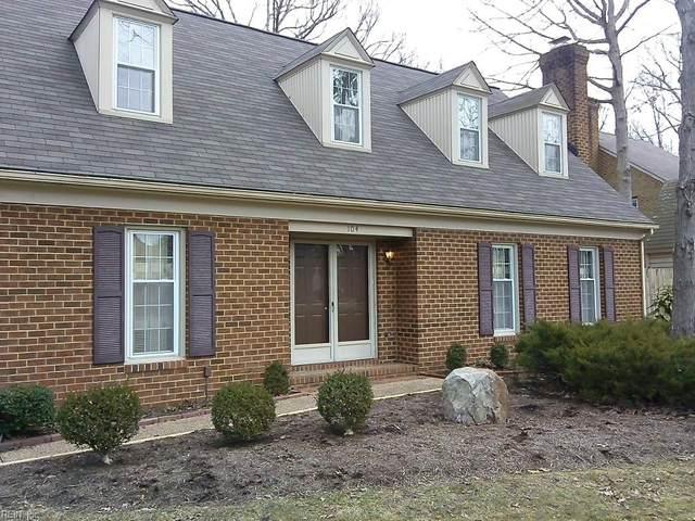 104 Sloane Pl, Newport News, VA 23606 (#10389899) :: The Kris Weaver Real Estate Team