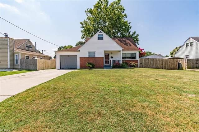 4825 Lonewillow Ln, Virginia Beach, VA 23455 (#10389931) :: Crescas Real Estate